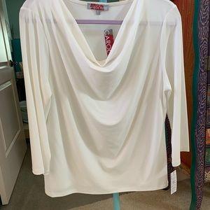 NWT Carol Rose 3/4 sleeve cream top